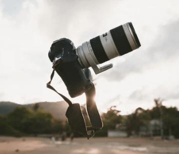【這些攝影小知識,實在太實用了!】干貨拍照技巧合集,常用表情和擺姿,非常適合初學者學習,認真看完并學習分分鐘提高攝影水平。
